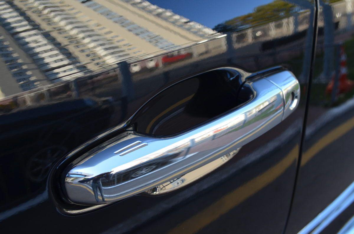 оклейка защитной пленки на авто